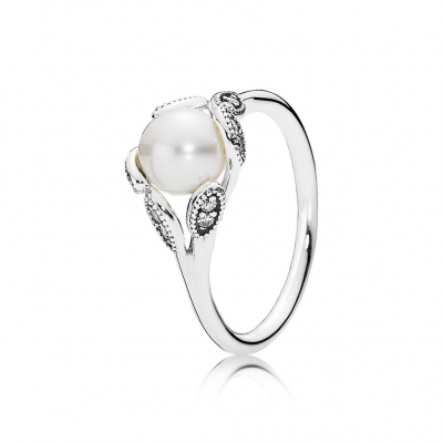 Pandora Luminous Leaves, White Pearl & Clear CZ