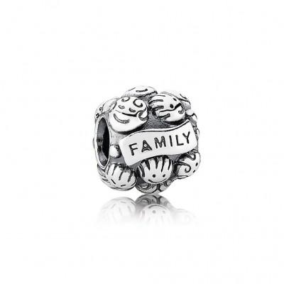 Pandora Love & Family
