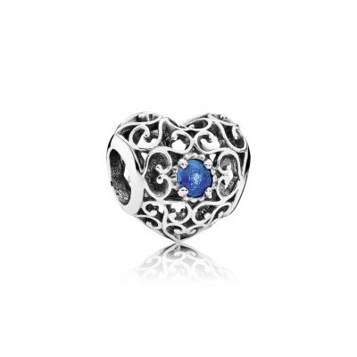 Pandora December Signature Heart, London Blue Crystal