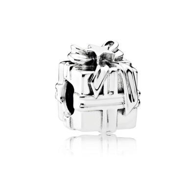 Pandora Gleaming Gift